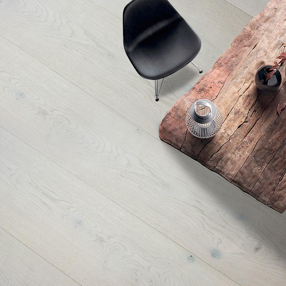 PCA White / Mud Light (European Oak – Single Strip)