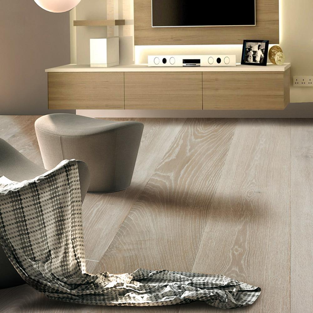 Vintage Brown – Super White (European Oak – Single Strip)
